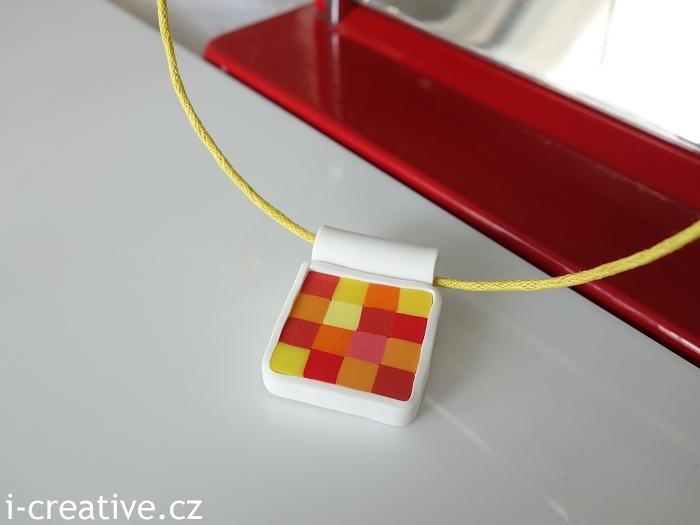 FIMO šperk hranatý čtverečkovaný