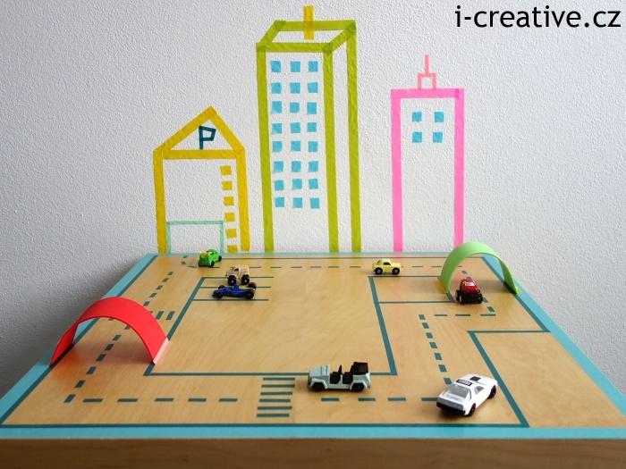 washi pásky inspirace - hrací stůl silnice