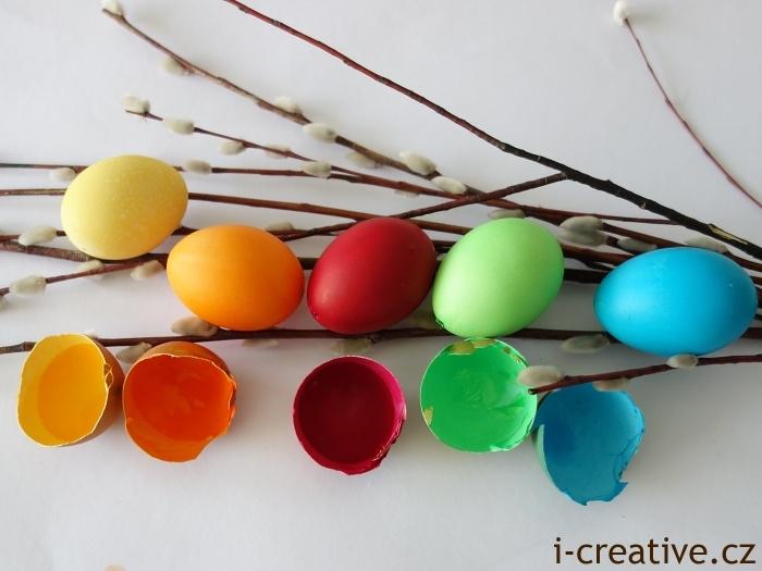 vajíčka obarvená barvami Heitmann Deco