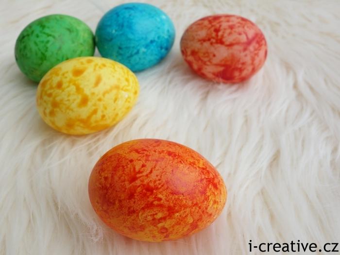 mramorová velikonoční vajíčka