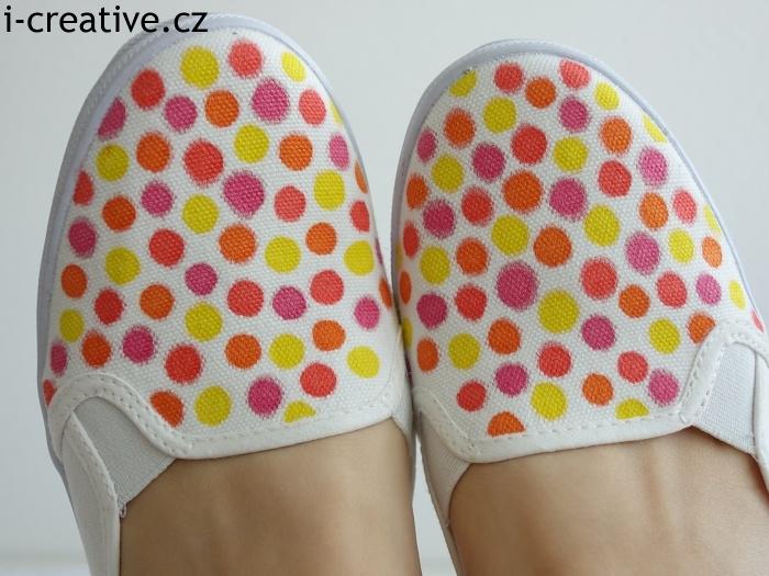 DIY boty s puntíky