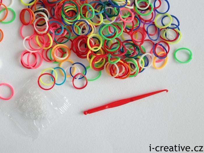 háček k pletení z gumiček