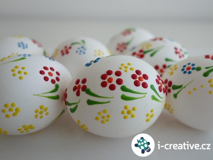 návod na malování vajíček voskem
