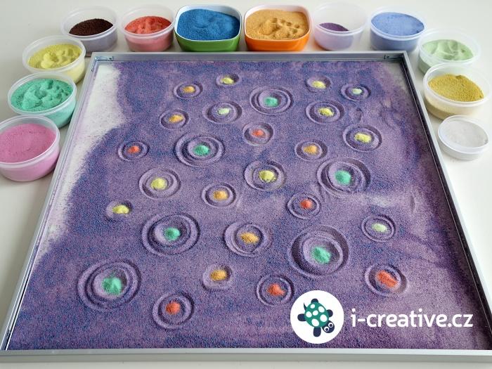 malování s barevnými písky