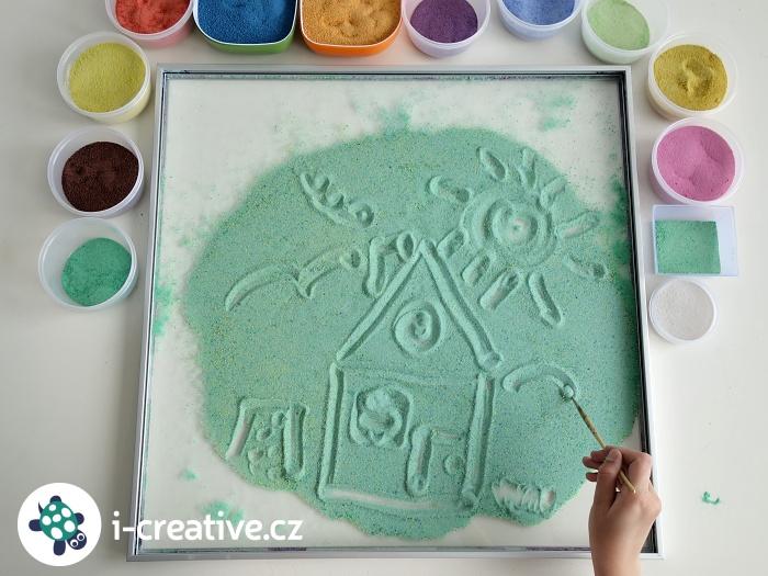 malování v barevném písku