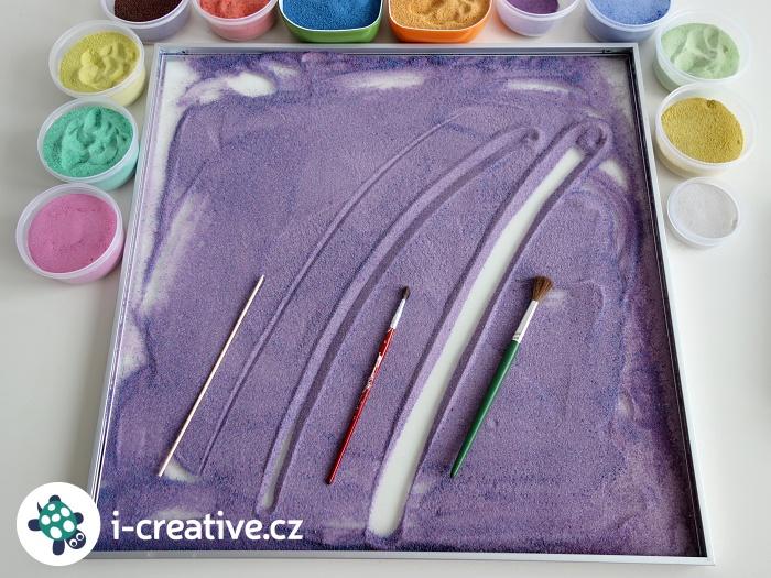 pískovnice s barevnými písky
