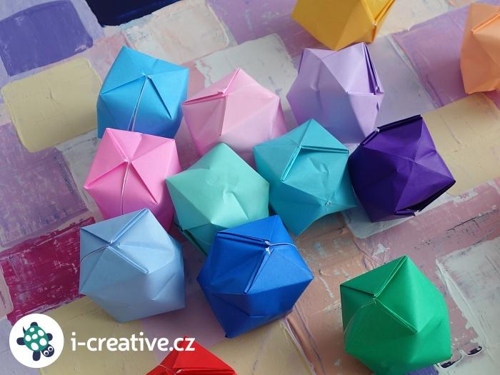 origami balónky z papíru