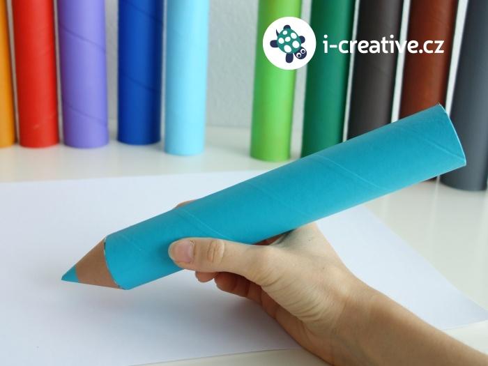 jak vyrobit pastelku z papírové roličky