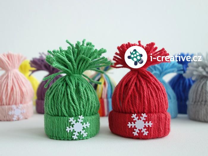mini zimní čepice k dekoraci