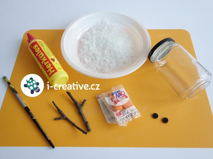 materiál na výrobu sněhuláka ze sklenice