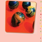 mramorovaná velikonoční vejce indigo