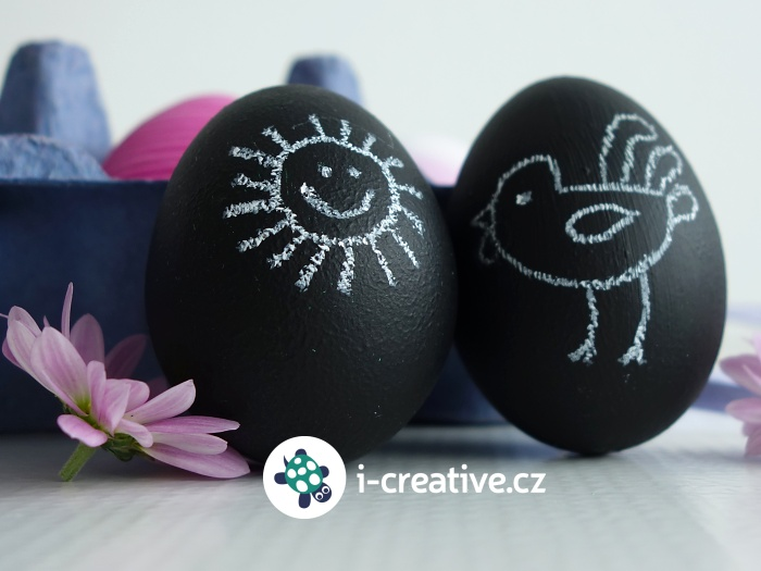 černá tabulová velikonoční vajíčka