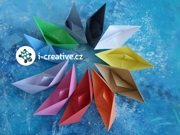 jak složit loďky z papíru