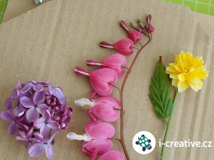 lisování květů