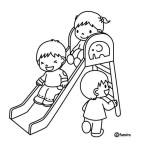 děti na skluzavce